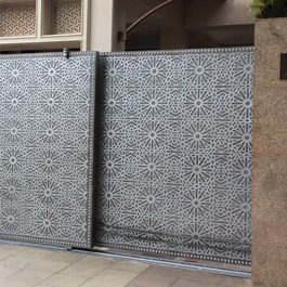 contemporary_gate_embellishments_thumb_5